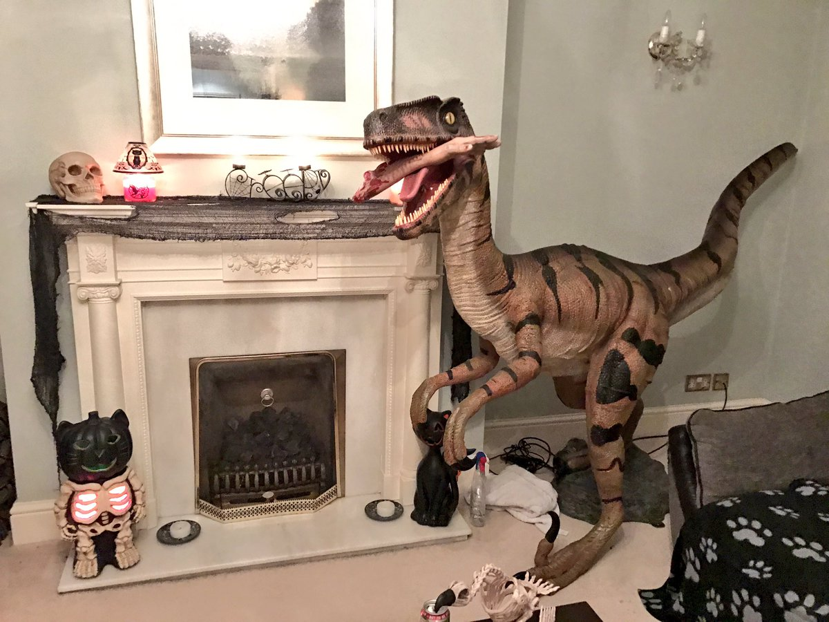 Halloween Party Decorations Ideas - dinosaur
